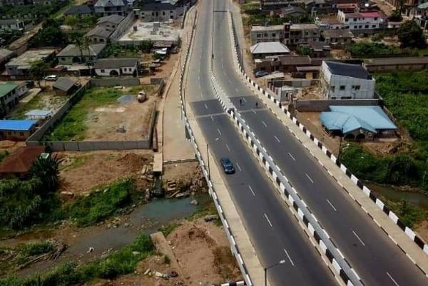 Lagos Governor Sanwo-Olu Commissions Four Roads, Totaling 6.62Km, To Ease Lagos-Ogun Traffic - autojosh