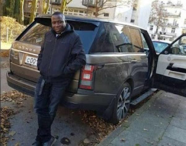 sunday-igbohos-fleet-of-luxury-cars-including-rolls-royce-ghost-and-mercedes-g-wagon - autojosh