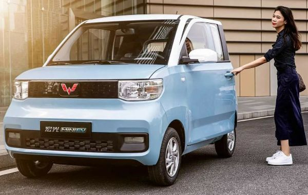 Wuling, A Tiny $4,500 Electric Car Backed By GM, Is Outselling Tesla Model 3 By Two To One In China - autojosh