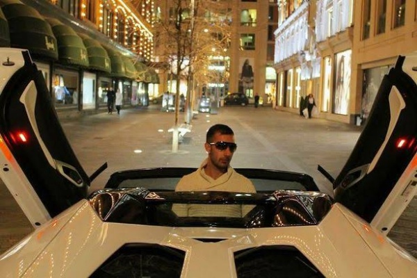 Convicted Fraudster Hiding In Dubai Sue UK Police For Crushing His £200k Ferrari, See How It Was Destroyed - autojosh