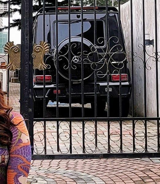 Linda Ikeji's Dad Buys Mercedes-Benz G-Wagon - autojosh