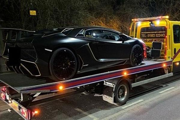 Police Seize $530k Lamborghini Aventador For Having No Road Tax - autojosh