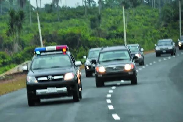 Governor's Convoy