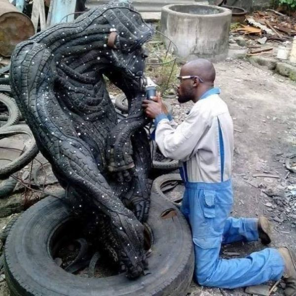 Nigerian Makes Sculptures Of Animals, Including Gorilla, Crocodile, Out Of Worn-out And Discarded Car Tyres - autojosh