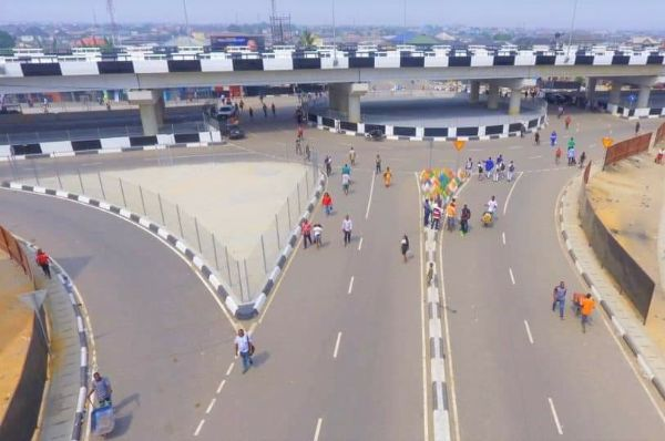 Ex-Rivers Gov. Donald Duke Commissions 642.75-metres Okoro-Nu-Odo Flyover Bridge Built By Wike - autojosh