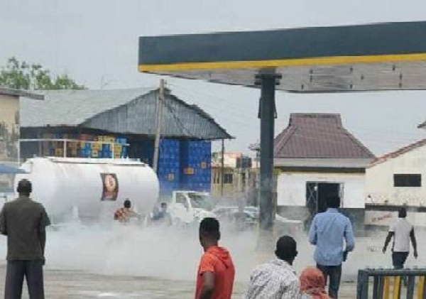 Many Injured In Ilorin Gas Explosion After A Toyota Bursted A Pipe At Bovas Filling Station - autojosh