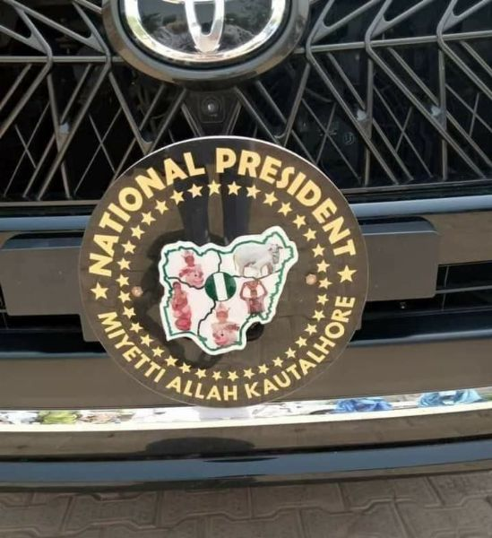 Nigerians React To Convoy Of Miyetti Allah President Consisting Of Bulletproof SUVs, Police Escort - autojosh