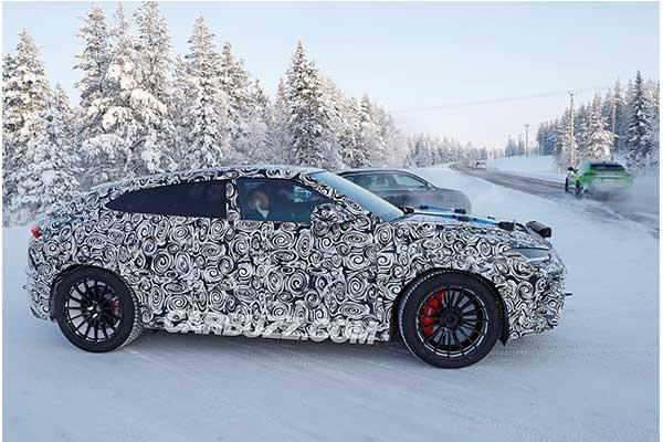 PHEV (Plug-In-Hybrid) Lamborghini Urus With 820Hp Teased