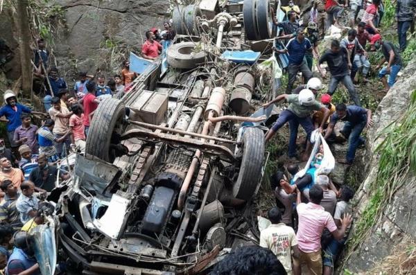 14 Dies In Bus Accident In Sri Lanka's Worst Road Accident In 16 Yrs - autojosh