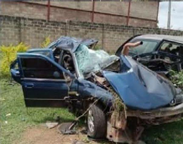 Unique FM OAP, Sunday Alakinde, Dies During A Car-Bus Accident - autojosh