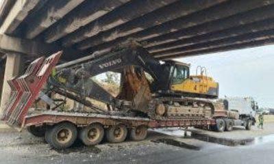 Trailer Ferrying Excavator Damages 3 Flyover Bridges Along Lagos-Ibadan Expressway - autojosh
