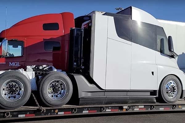 Tesla Is Hiring Semi Truck Technicians To Support Factory Route - autojosh