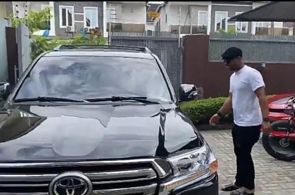 Actor Alexx Ekubo Buys Toyota Land Cruiser SUV - autojosh