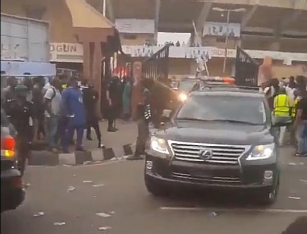 Gov. Sanwo-Olu's Convoy Wasn't Booed 'Ole' After Nigeria Vs Lesotho – Gboyega Akosile - autojosh