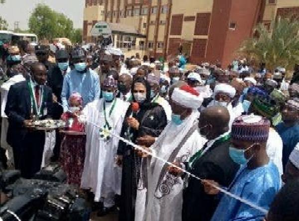 Gov Tambuwal Gifts Ford SUVs To 20 Judges, Inaugurates Reconstructed Sokoto High Court - autojosh