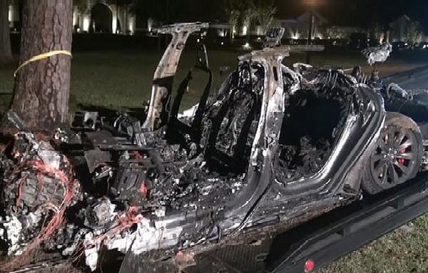 No One Behind Wheel As Tesla Burst Into Flames After Crashing Into Tree Killing Two Occupants - autojosh