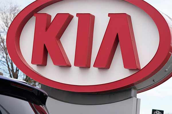 For Second Time, Kia Recalls Vehicles Advises Owners To Park Outside (PHOTO)
