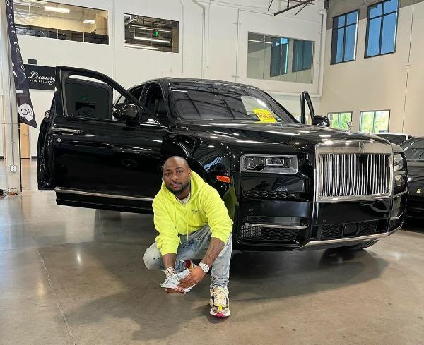 Davido Buys Rolls-Royce Cullinan SUV Worth N350 Million - autojosh