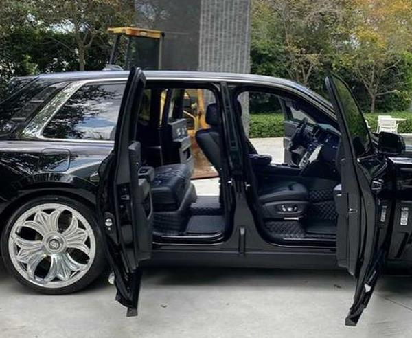 Check Out Drake's One-off Chrome Hearts Rolls-Royce Cullinan, Now On Display At Museum - autojosh