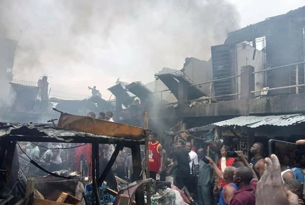Photos : Fire Guts Ladipo Auto Spare Parts Market, Lagos - autojosh