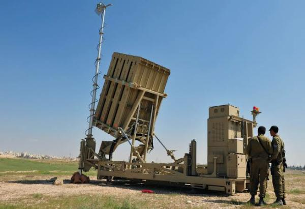 """Israel """"IRON DOME"""" System Intercepting Multiple Inbound Missiles Fired From Palestine - autojosh"""