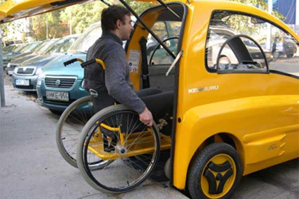 Meet kenguru, The World's 1st Electric Car For Wheelchair Users
