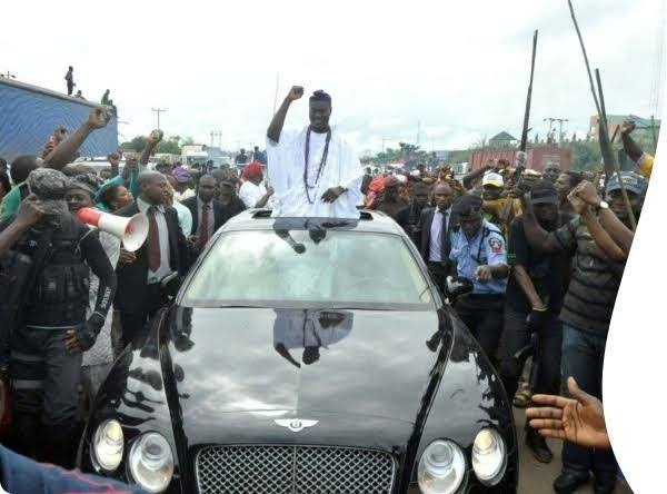 Ooni Names Ife-Moro Road After Late Afenifere Spokesperson, Yinka Odumakin - autojosh