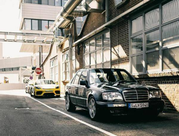 Porsche Celebrates 30th Anniversary Of Mercedes 500 E, The Sports Sedan It Helped Mercedes To Build - autojosh