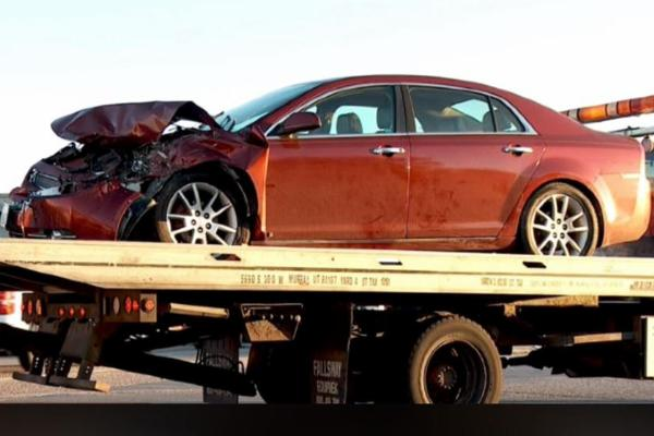 9-yr-old Girl And Her 4-yr-old Sister Crash Parents' Car Into Truck At 5am While On A Joy Ride - autojosh