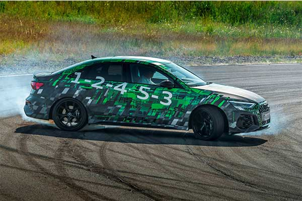 The 2022 Audi RS3 Comes With A 395HP Inline Turbo 5 Cylinder Engine And An Amazing Drift Mode