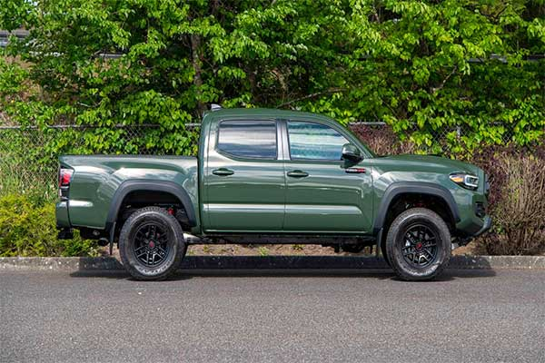 1 Millionth Toyota Tacoma Pickup Truck Assembled Is Up For Auction