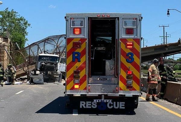 Pedestrian Bridge Collapses Onto Washington DC Highway, Injuring Several People - autojosh