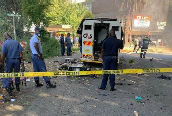 Ten Cash-In-Transit Robbers Arrested In South Africa, 4 Vehicles, Cash, Ammunitions Recovered - autojosh