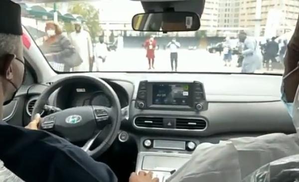 Vice President Osinbajo Test-drive Nigerian Assembled Electric Car, Hyundai Kona EV - autojosh