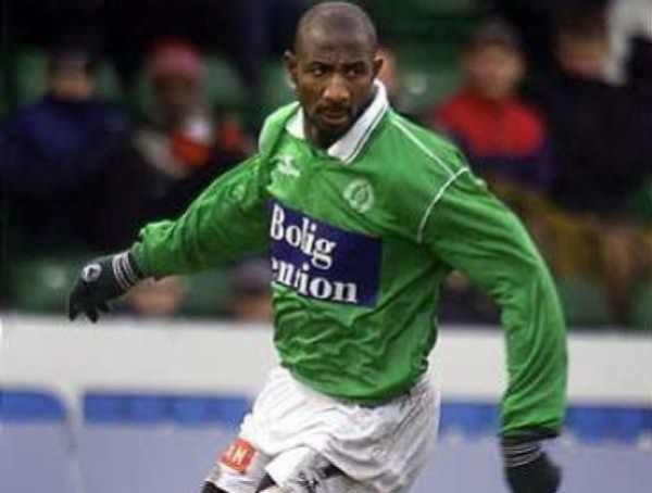 Ex-Super Eagles Star Abdul Kareem Sule Poses With A $10 Million Luxury Helicopter - autojosh