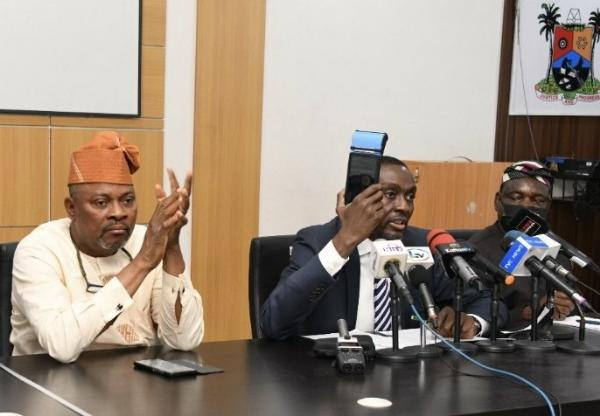 LASTMA, VIO Gets Handheld Device For Real-time Video And Picture Capture Of Traffic Offenders - autojosh