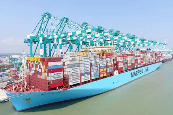 Maersk Orders World's First Container Vessel Fueled By Carbon Neutral Methanol - autojosh