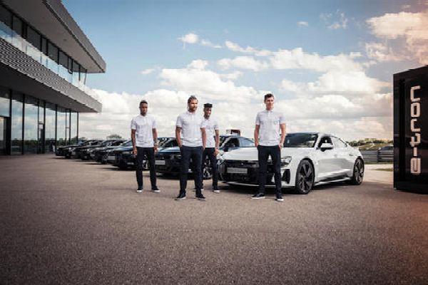 FC Bayern Stars, Including Lewandowski, Receive Electric Audi e-tron GT Company Car - autojosh