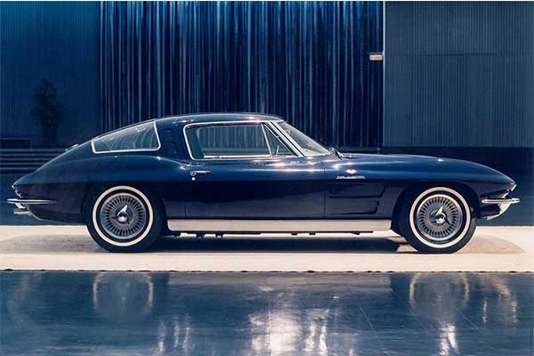 GM For Releases Photos Of A 4 Seater Chevrolet Corvette Concept That Never Was