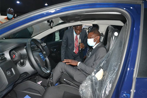 Coscharis Motors Showcases Locally Assembled Renault Cars To NADDC Boss