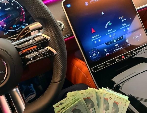 Nigerian Shows Off The Massive 12.8-inch Touchscreen Inside His 2021 Mercedes-Benz S-Class - autojosh