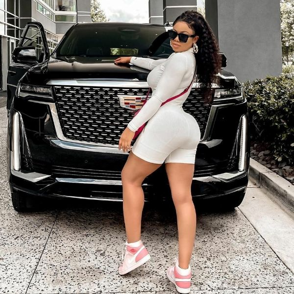 BBN Star Nina Ivy Poses With 2021 Cadillac Escalade In First Photos After Butt Surgery - autojosh