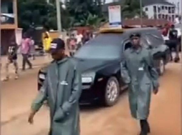 Convoy Of Cars That Accompanied The Hearse Ferrying Obi Cubana's Mother - autojosh