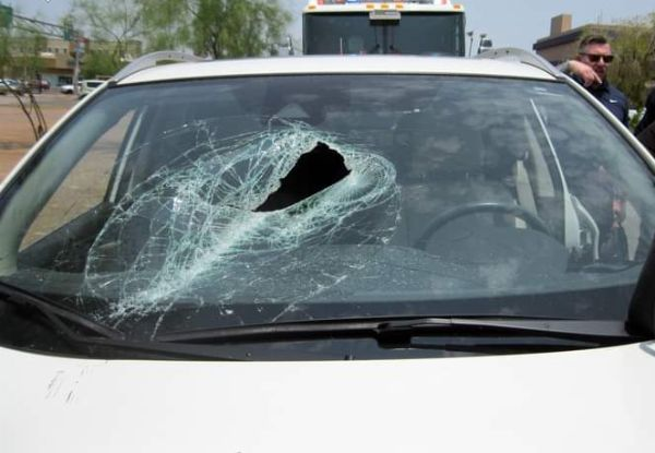 Secure Your Loads : Metal Pole Launched From Truck Crashes Through SUV Windshield, Misses Driver - autojosh