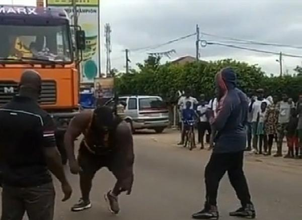Africa's Strongest Man, Ghanaian's Zulu Pulls Trailer Loaded With Bags Of Rice, Wins Car, Cash - autojosh