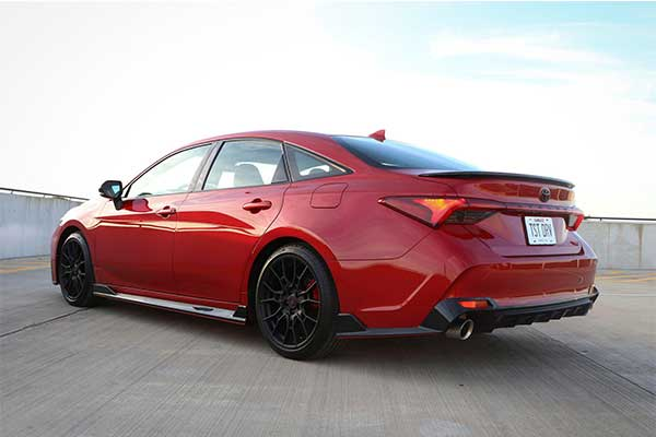 Report: Toyota Avalon To Be Discontinued After 2022 Model Year