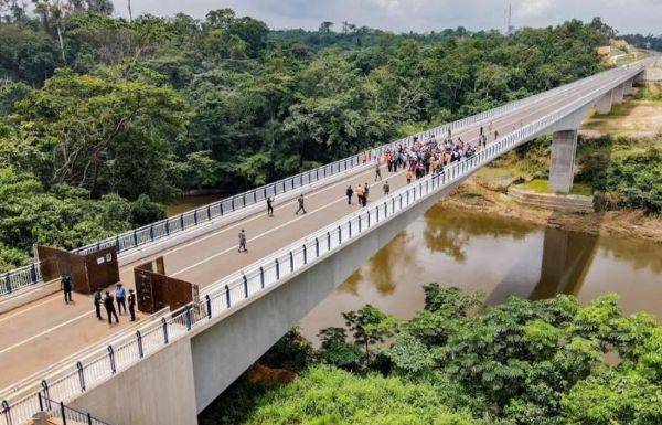 New Toll Fares, $35.9b Nigeria-Cameroon Border Bridge, Nigerian Automotive News You Missed In August - autojosh