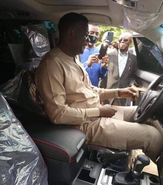 Church Member Gifts Pastor With Bishop David Oyedepo's Living Faith Church A Toyota Prado SUV - autojosh