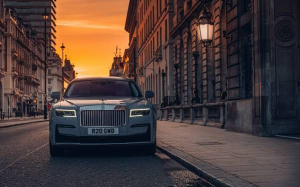 Rolls-Royce Takes Ghost On A Pilgrimage Around London To Celebrate Charles Rolls 144th Birthday - autojosh