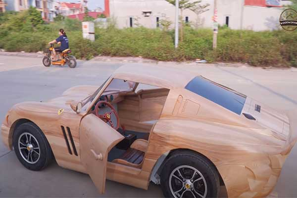 Check Out This Ferrari GTO 250 Carved In Wood That Actually Drives